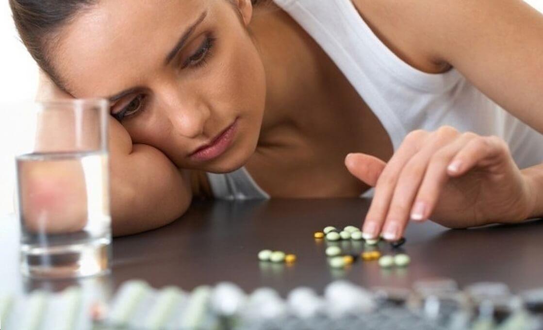 Медикаментозное лечение депрессии у женщин